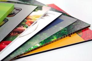 Impressão em adesivo